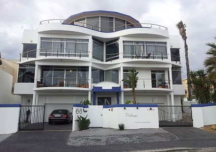 Cape Town Self Catering Accommodation - Bread & Barrel Palazzo