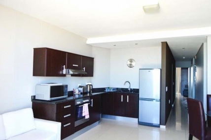 Cape Town Self Catering Accommodation - Infinity Two Bedroom Apartment