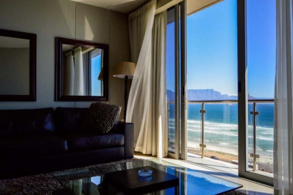 Cape Town Self Catering Accommodation - Infinity One Bedroom Apartment