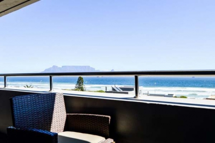 Bloubergstrand Self Catering - Infinity Two Bedroom Balcony Apartment