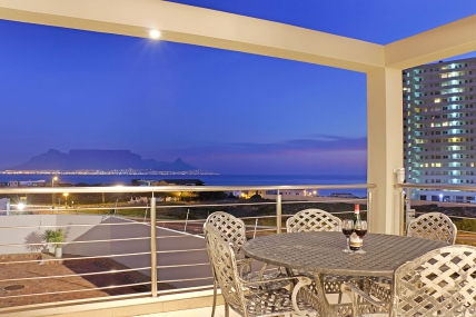 Cape Town Self Catering Accommodation - Bayview 30