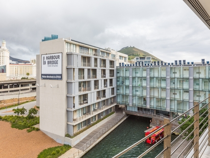 Cape Town Self Catering Accommodation - Harbour Bridge 2 Bed Superior
