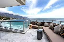 Cape Town Self Catering Accommodation - 5A Clifton Views