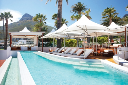 Cape Town Holiday Rentals - Camps Bay Resort 2 Bed Apartment
