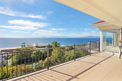 Cape Town Holiday Rentals - Ark Rock Villa