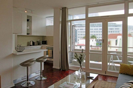 Cape Town Self Catering Accommodation - 510 St Martini Gardens