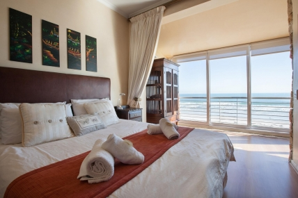 Lagoon Beach Apartments - 306 Leisure Bay