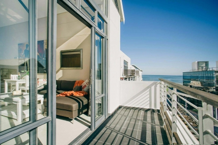 Bloubergstrand Self Catering – Eden on the Bay Penthouse 217