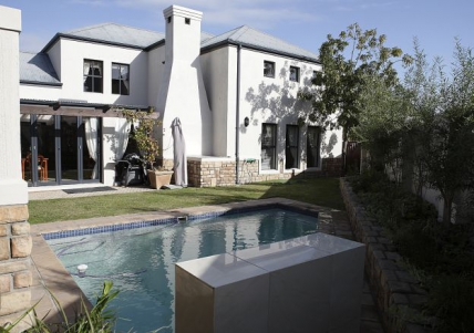 Cape Town Holiday Rentals - Atlantic Ocean Guest House