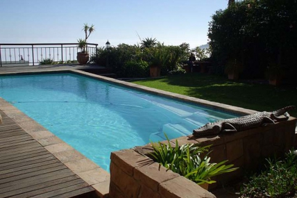 Camps Bay Accommodation - Villa Simona Bed and Breakfast