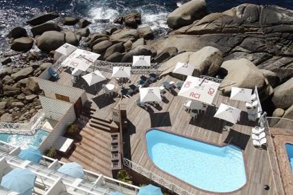 Cape Town Holiday Rentals - Bantry Resort Sleeps 4
