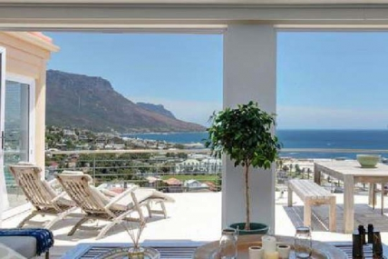 Camps Bay Accommodation - Villa Serenita