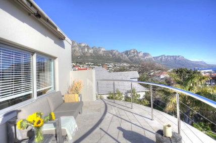 Camps Bay Accommodation - Ingwelala