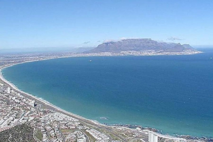 Cape Town Self Catering Accommodation - 7 Views Apartment