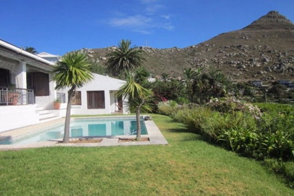 Cape Town Holiday Rentals - Ocean Break Apartment
