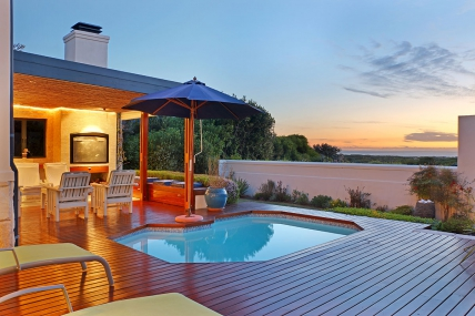 Cape Town Self Catering Accommodation - Sterling Way 50