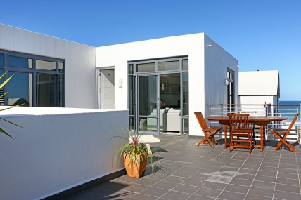 Bloubergstrand Self Catering – Eden On The Beach