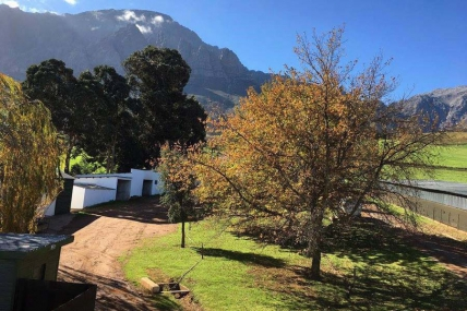 Cape Town Holiday Rentals - Mosterts Hoek Guest House