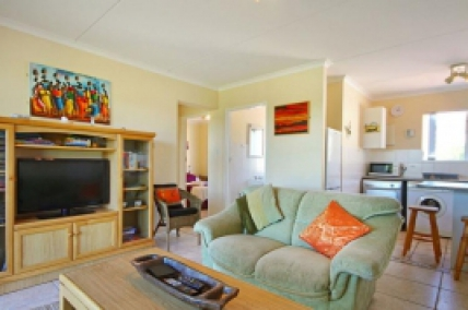 Cape Town Self Catering Accommodation - Big Bay Beach Club 203