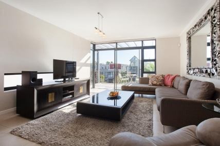 Cape Town Self Catering Accommodation - 301 Quayside