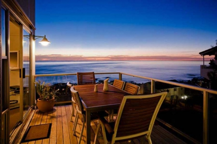 Camps Bay Accommodation - Atlantic Seaview Apartment