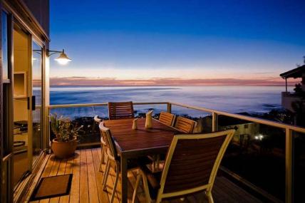 Camps Bay Self Catering - Atlantic Seaview Apartment