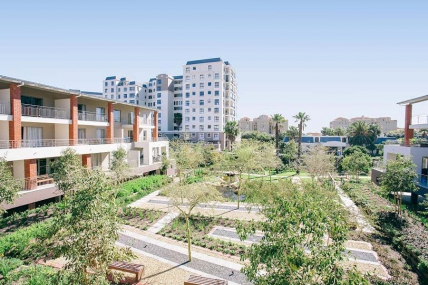 Canal Walk Accommodation - Apartments on Century Superior Mayfair