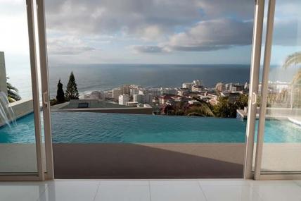 Cape Town Holiday Rentals - Villa De Wet