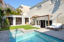 Camps Bay Accommodation - Shiel House