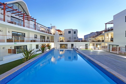 Cape Town Self Catering Accommodation - Azure 6