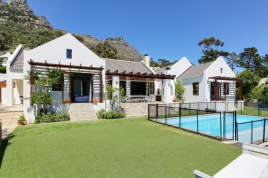 Hout Bay Self Catering - Oakwood Lane