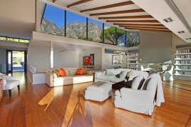 Camps Bay Accommodation - Lechappee belle