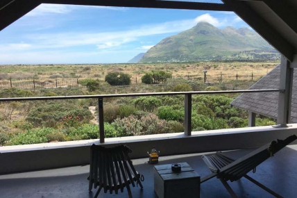 Cape Town Holiday Rentals - Richards Lake House