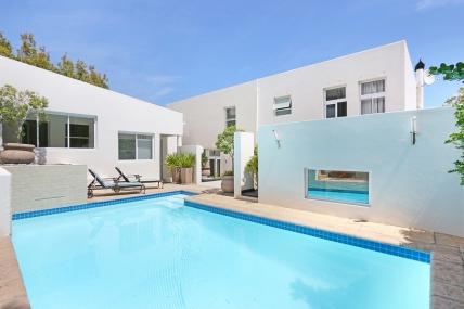 Cape Town Holiday Rentals - Saints Villa - 4 Bed