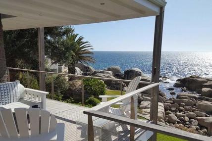 Camps Bay Accommodation - Brooke Villa