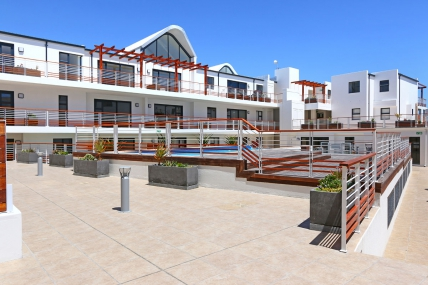Cape Town Self Catering Accommodation - Azure 4
