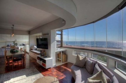 Cape Town Holiday Rental - Kingsgate Apartment