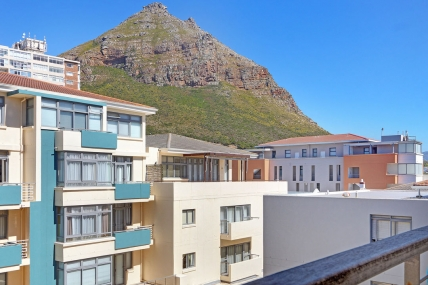 Cape Town Holiday Rental - Beach Palace