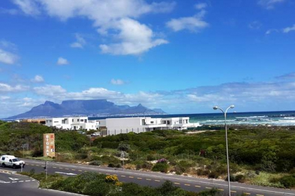Bloubergstrand Self Catering – Seaside Village AG3