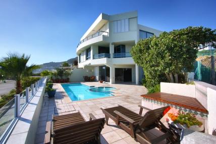 Cape Town Holiday Rentals - Apartment Nautica