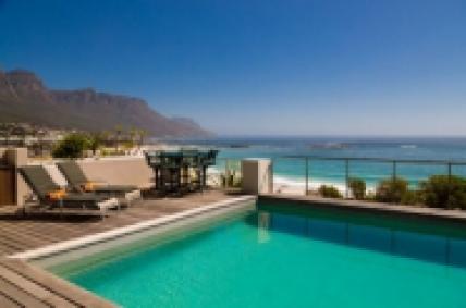 Camps Bay Accommodation - Beach Villa No 2