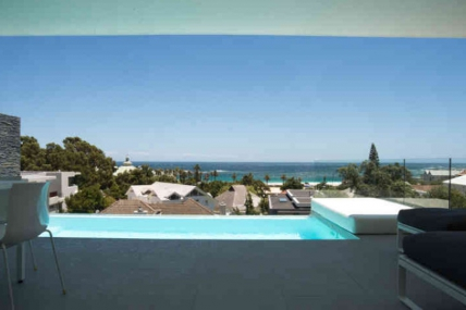 Cape Town Self Catering Accommodation - Atlantica