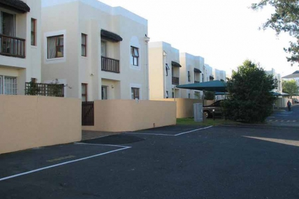 Cape Town Holiday Rental - Heide - 1 Bedroom Apartment