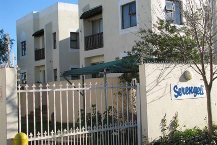 Cape Town Holiday Rental - Heide - 3 Bedroom Apartment