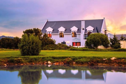 Cape Town Self Catering Accommodation - Holiday Guesthouse