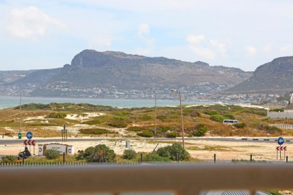 Cape Town Holiday Rental - Kaieteur Bay