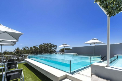 Camps Bay Self Catering – SB - One Bed Penthouse Pool Suite