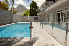 Cape Town Self Catering Accommodation - Central Drive