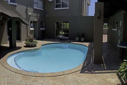 Lagoon Beach Apartments - Colors of Cape Town
