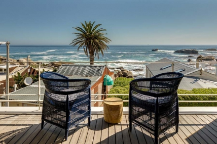 Camps Bay Self Catering – 52 Victoria